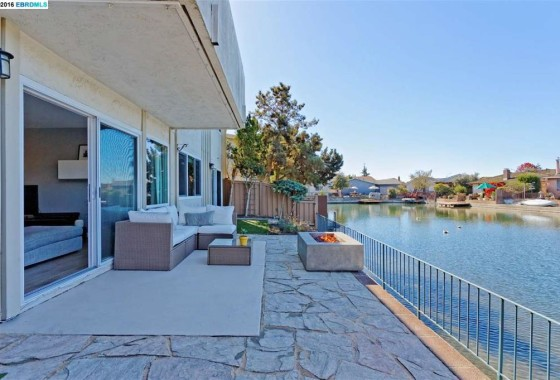 Waterfront Condo in Alameda for sale